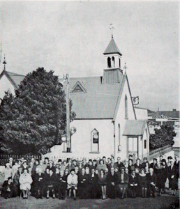The Queenstown congregation outside the old church in June 1967